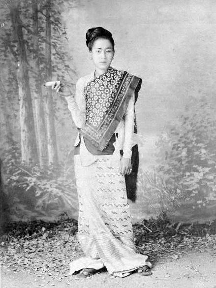 4. Burmese woman in htamein, 19th cent.